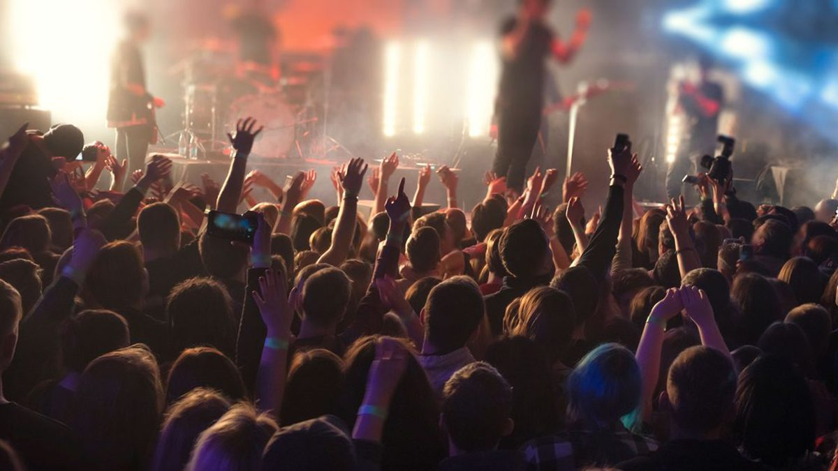 Make some noise: Crowds allowed at Welsh sport, festivals and outdoor gigs
