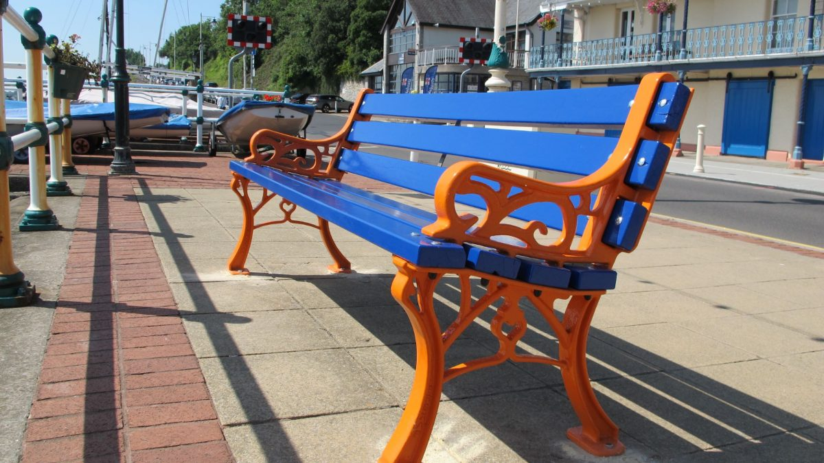 RNLI's 'Friendship bench' aims to tackle loneliness and boost mental health