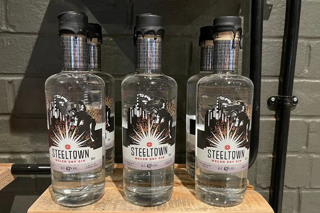 Introducing Steeltown Welsh Dry Gin with 13 delicate botanicals