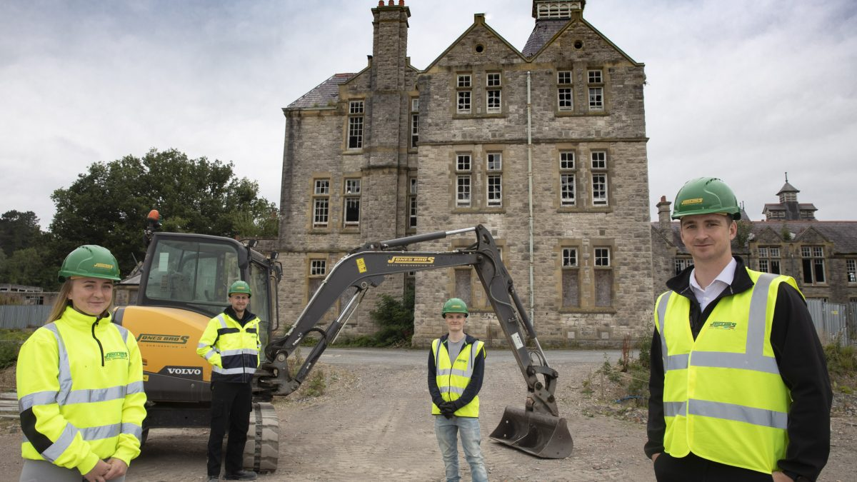 Denbigh's iconic North Wales Hospital gets go-ahead for redevelopment