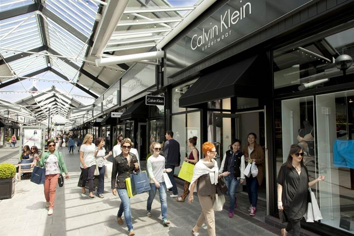 McArthurGlen Designer outlet Bridgend launches new initiative to 'recycle your fashion'